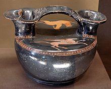 Аскос работы неизвестного аттического вазописца. Ок. 420—410 гг. до н. э. Лувр