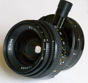 Шифт-объектив «PC-Nikkor 3,5/35» с предварительной установкой диафрагмы