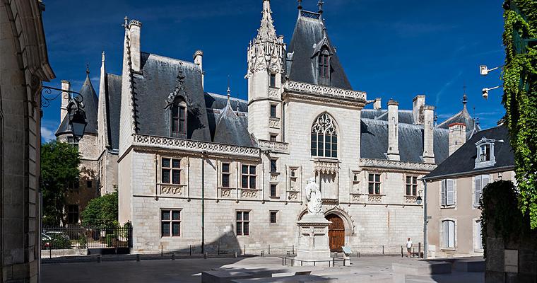 Особняк банкира короля Карла VII Жака Кёра в городе Бурж