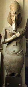 Колосс Эхнатона. Карнакский музей