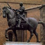 Донателло Конная статуя Гаттамелаты 1444-1453 Высота: 340 см Бронза на мраморном постаменте Падуя. Площадь дель Санто