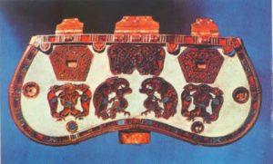 Фрагмент пряжки из Сеттон-Ху, VII в. Лондон, Британский Национальный музей