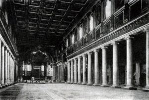 Базилика Санта Мариа Маджоре в Риме. Около 435 г. Внутренний вид (с позднейшими добавлениями)
