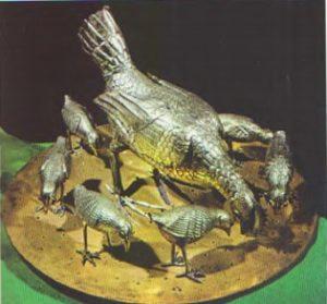 Курица с цыплятами. Конец VI — начало VII в Монца, сокровищница собора