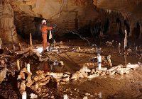 В глубинах пещеры Брюникель на юго-западе Франции обнаружили Стоунхендж неандертальцев