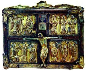 «Серебряная церковь» (Domnach Airgid), реликварий Евангелия св. Мак Картинна. VIII в., ок. 1350 г. (Национальный музей Ирландии, Дублин)