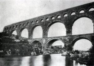 Гардский мост (акведук) в Ниме (южная Франция). 1 или 2 в. н. э.