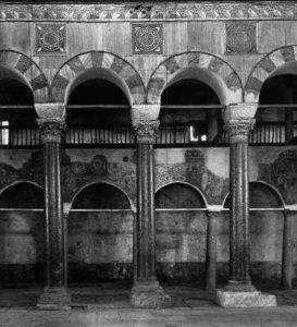 Восточные предалтарные столбы св. Димитрия