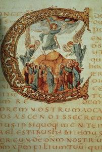 Лист 71v сакраментария Дрогона, ок. 850. Украшенный инициал «C» содержит Вознесение Христа