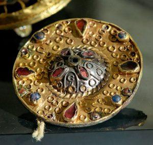 Меровингская фибула, кабинет медалей BNF