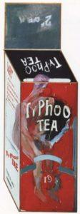 Дэвид Хокни.Изображени коробки чая в иллюзионистическом стиле. 1961. Холст, масло. 198 х 76 см. Лондон, Галepея Tейт
