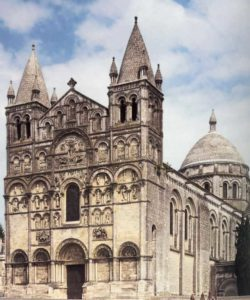 Собор Сен Пьер в Ангулеме
