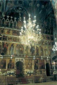 Иконостас Троицкиого собора Троице-Сергиева монастыря. Около 1425-1427 гг., с позднейшими доделками
