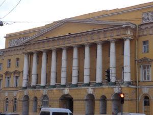 Главный фасад казарм Павловского полка на Марсовом поле