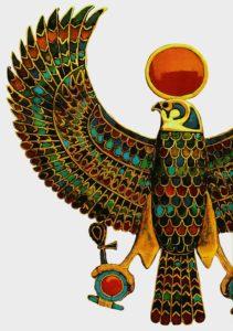 Пектораль с изображением божественной птицы - сокола. Ок. 1350 до н. э. Золото, ляпис-лазурь, сердолик, бирюза